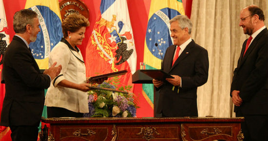 President Piñera and President Rousseff and their respective delegations sign agreements to establish cultural and education exchanges. Photo courtesy of Charlotte Karrlsson-Willis/The Santiago Times