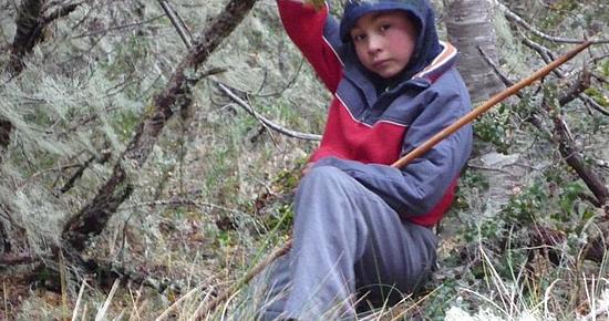 Ítalo Felidor tiene ocho años y vive en La Araucanía, entre lagos y volcanes. Cuando sea grande, quiere ser cantante de rancheras.